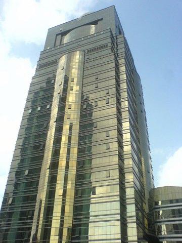 汤臣金融大厦,2 4 6 9号地铁1分钟