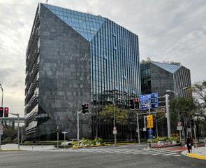 虹桥商务区,地铁2、10、17号线,虹桥三湘广场,200-10000不同面积